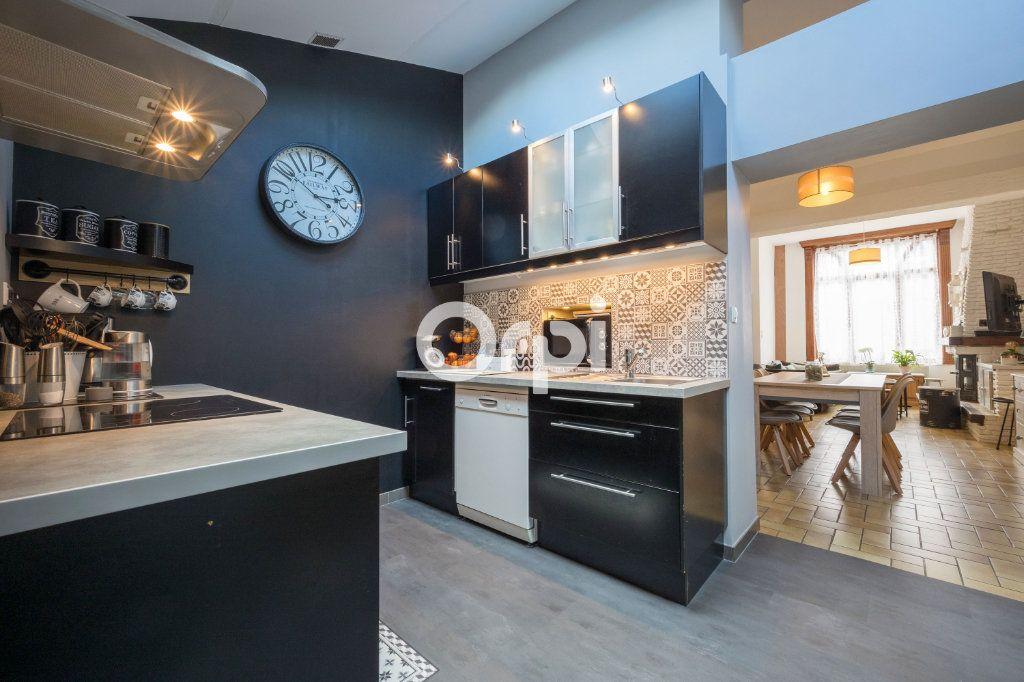 Maison à vendre 5 113.34m2 à Armentières vignette-1