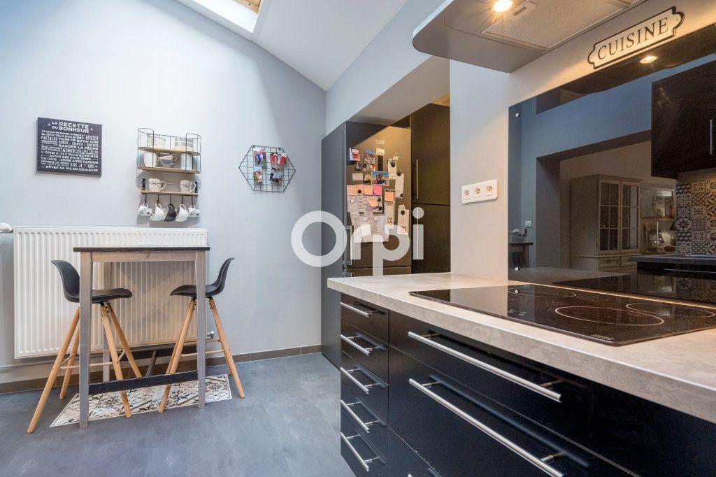 Maison à vendre 5 113.34m2 à Armentières vignette-3