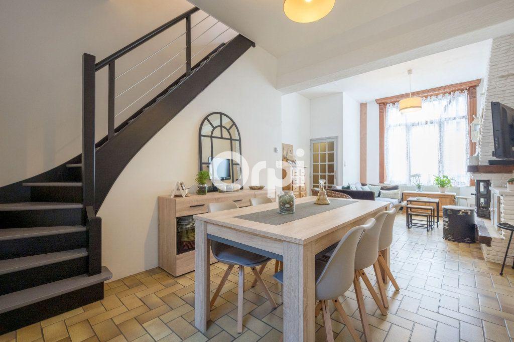 Maison à vendre 5 113.34m2 à Armentières vignette-4