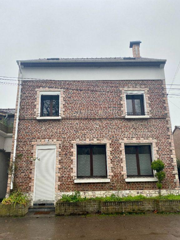 Maison à louer 5 100m2 à Lille vignette-1