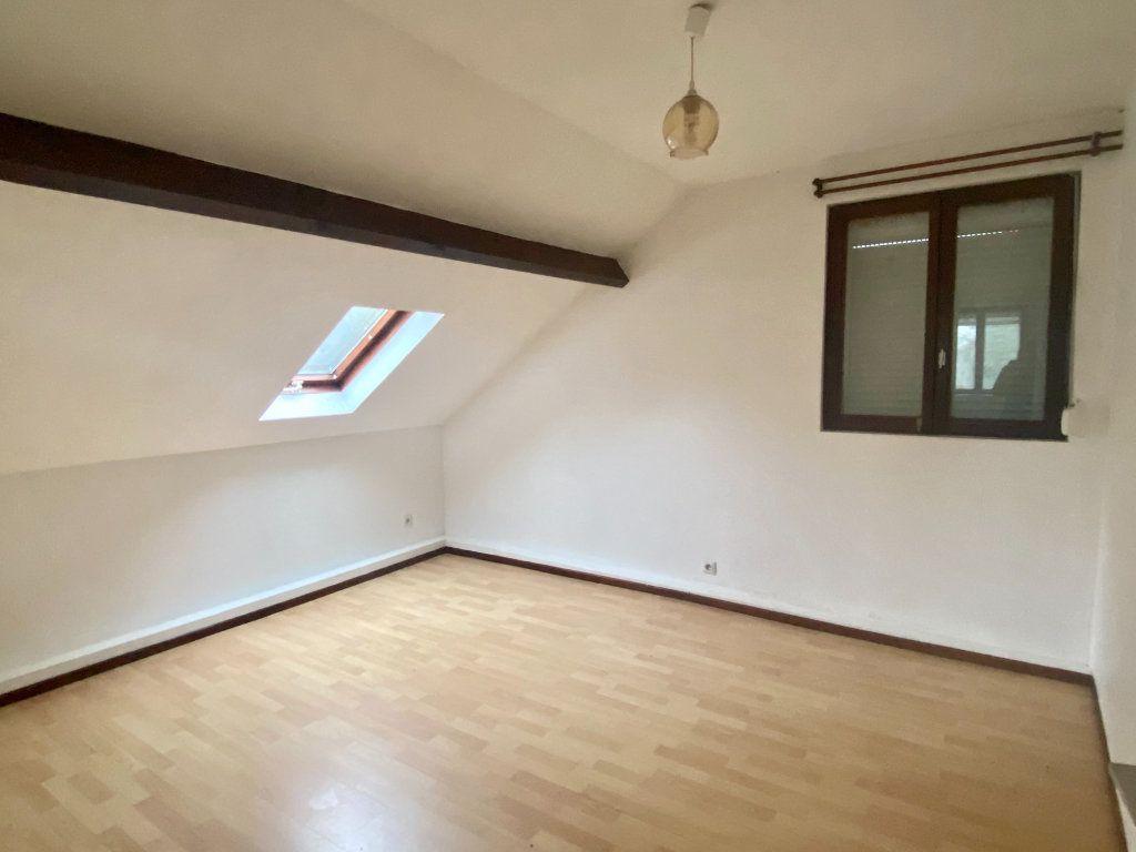 Maison à louer 5 100m2 à Lille vignette-6