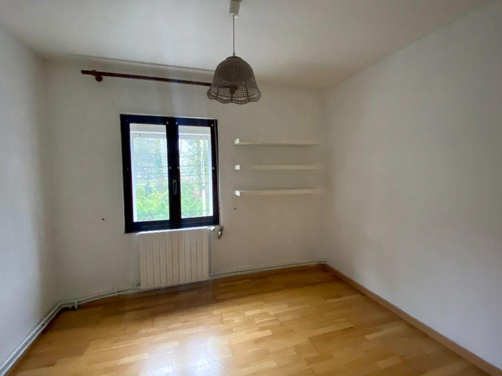 Maison à louer 5 100m2 à Lille vignette-8