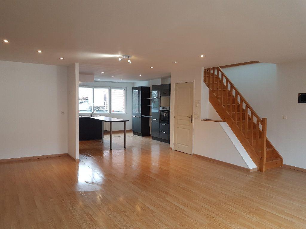 Appartement à louer 3 86m2 à Steenvoorde vignette-2