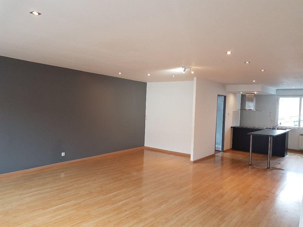 Appartement à louer 3 86m2 à Steenvoorde vignette-3