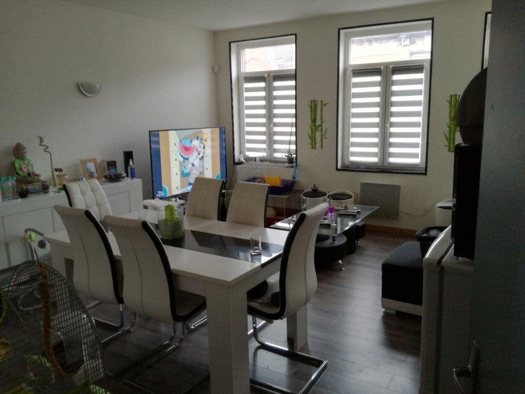 Appartement à louer 3 66m2 à Armentières vignette-1