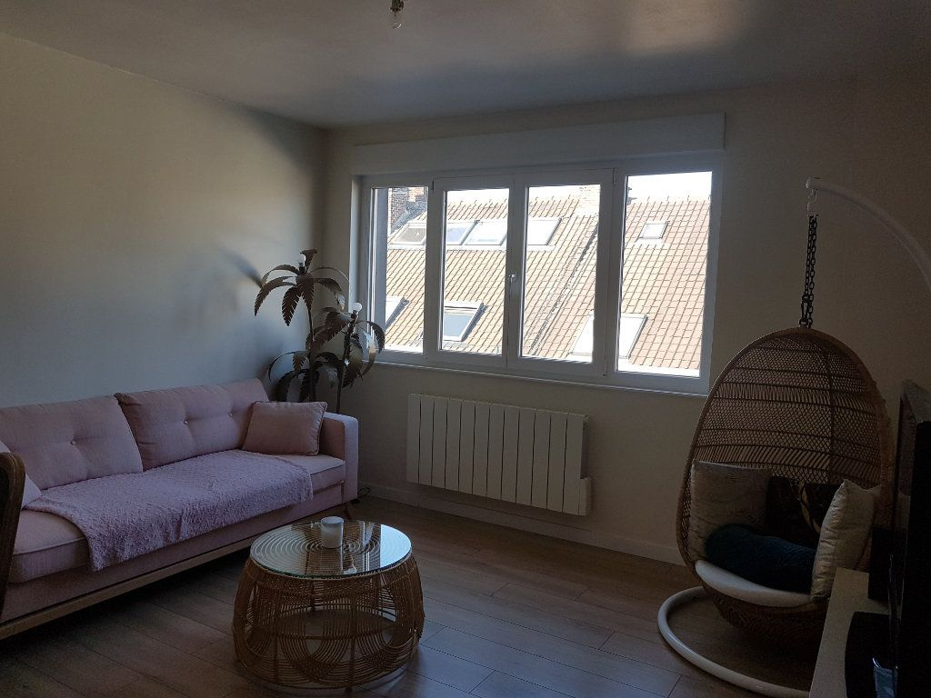 Appartement à louer 4 67m2 à Hazebrouck vignette-2