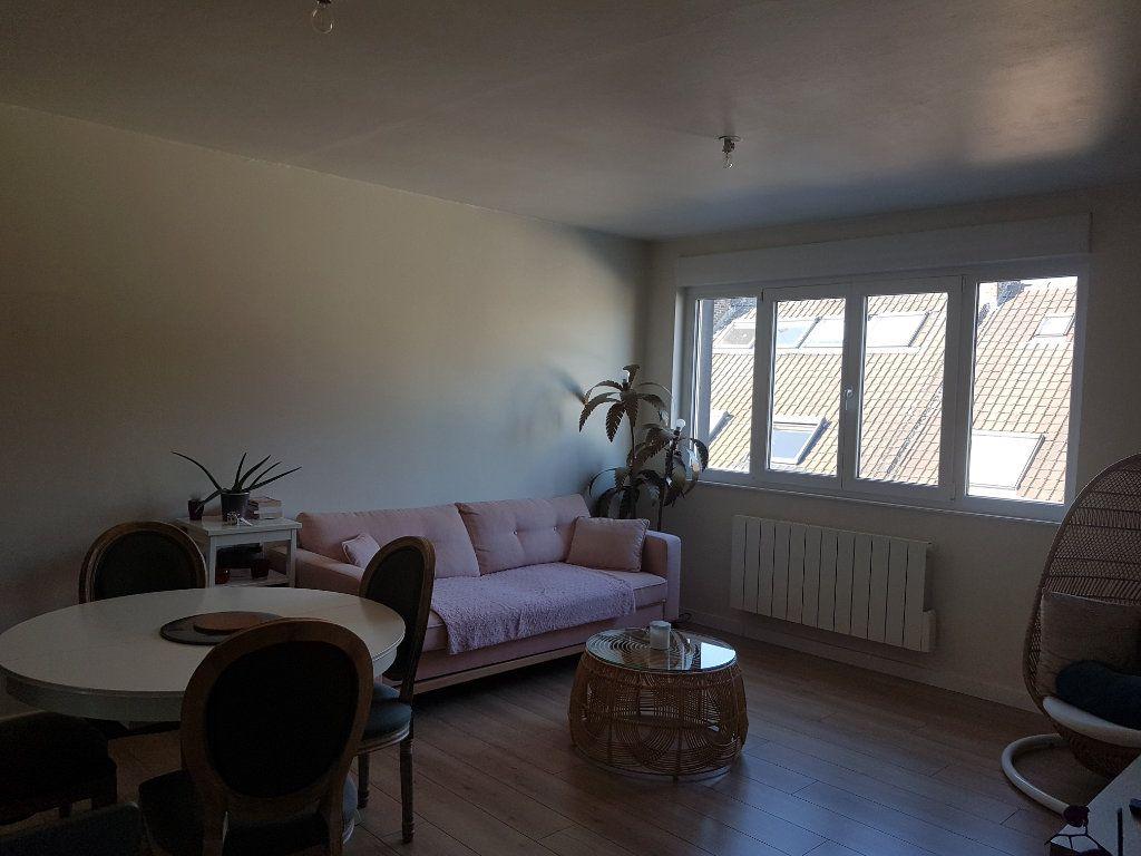 Appartement à louer 4 67m2 à Hazebrouck vignette-4