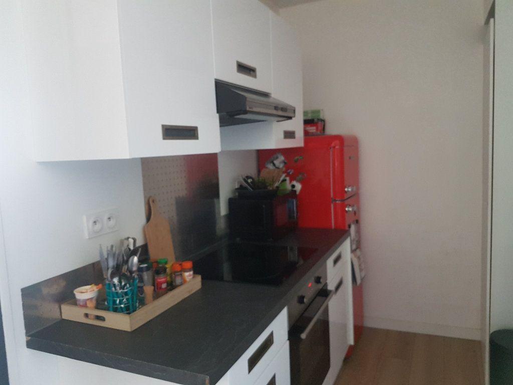 Appartement à louer 4 67m2 à Hazebrouck vignette-10