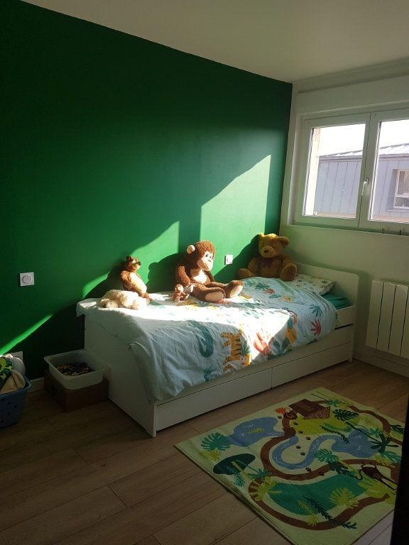 Appartement à louer 4 67m2 à Hazebrouck vignette-12