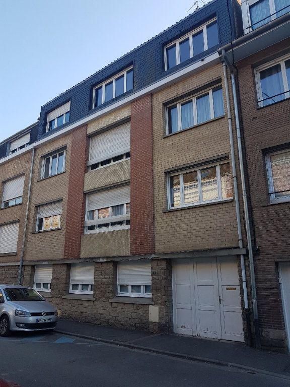 Appartement à louer 4 67m2 à Hazebrouck vignette-14
