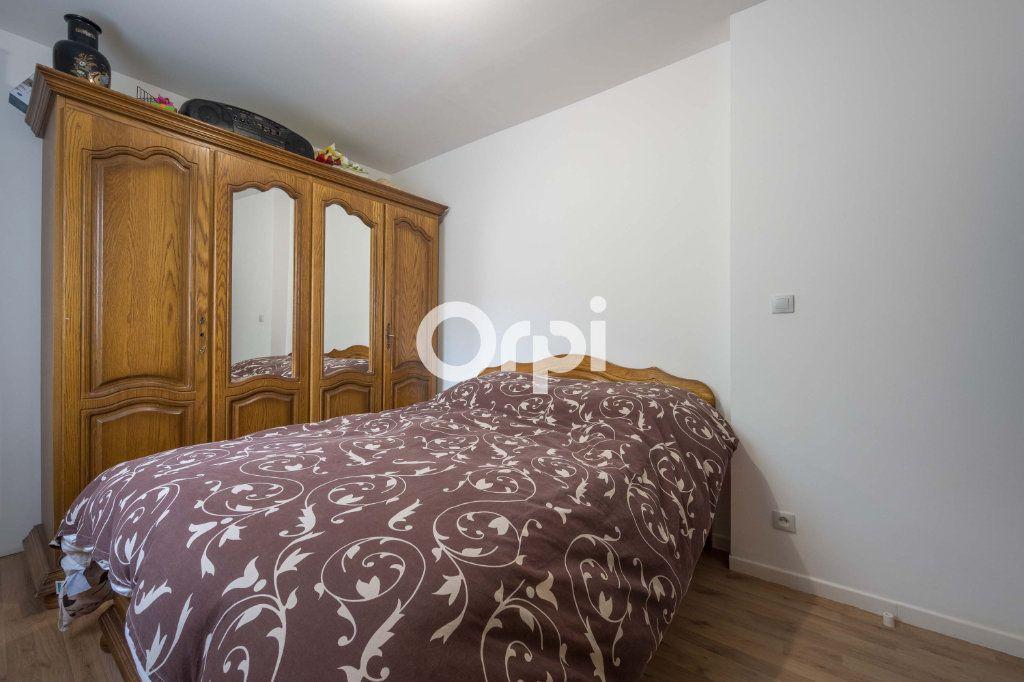 Maison à vendre 5 126m2 à Roubaix vignette-5