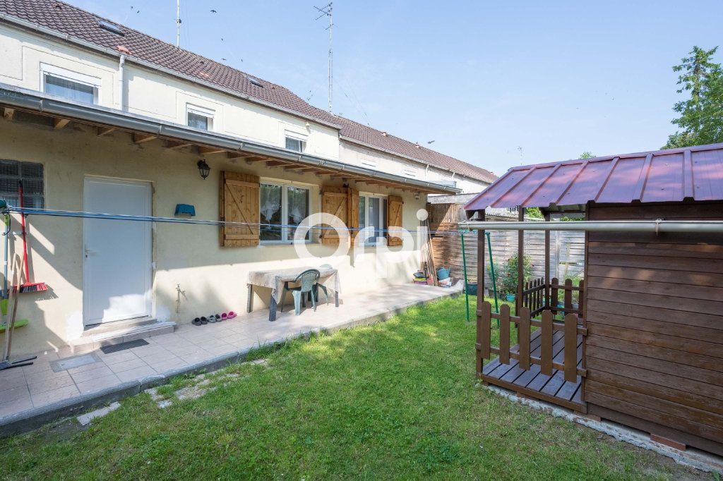 Maison à vendre 5 126m2 à Roubaix vignette-9