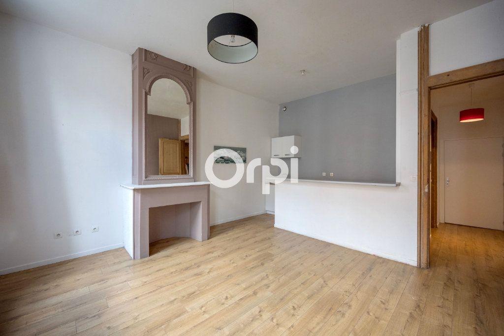 Appartement à vendre 3 60m2 à Roubaix vignette-2