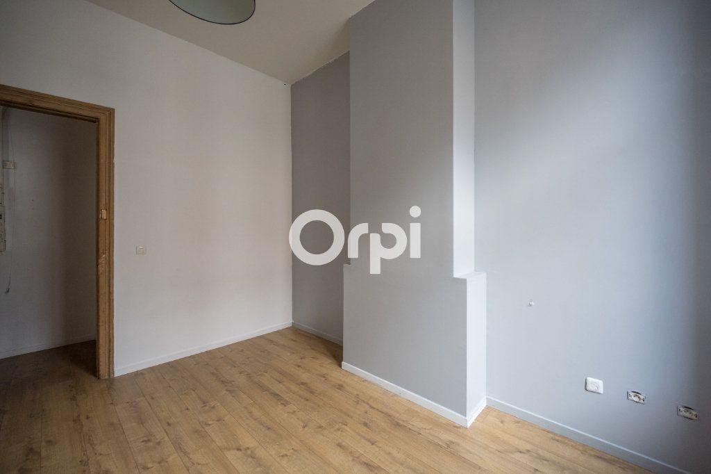 Appartement à vendre 3 60m2 à Roubaix vignette-7