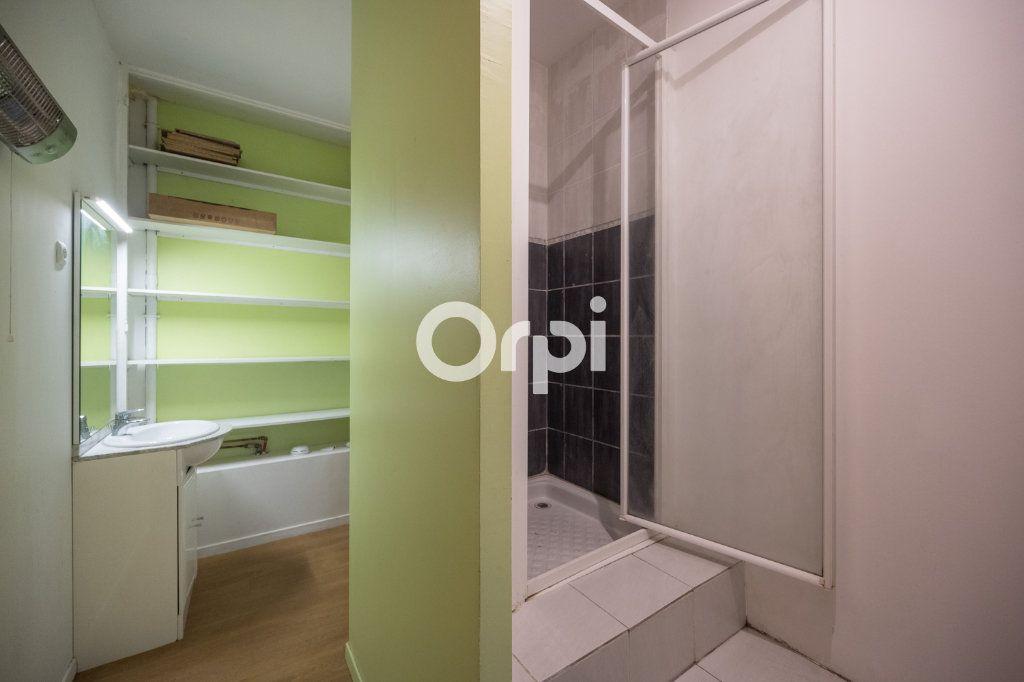 Appartement à vendre 3 60m2 à Roubaix vignette-9