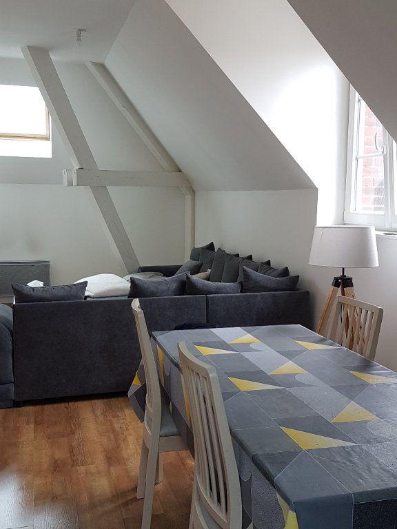 Appartement à louer 2 62m2 à Hazebrouck vignette-1