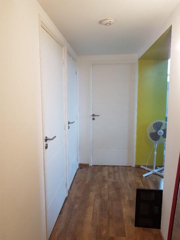 Appartement à louer 2 62m2 à Hazebrouck vignette-12