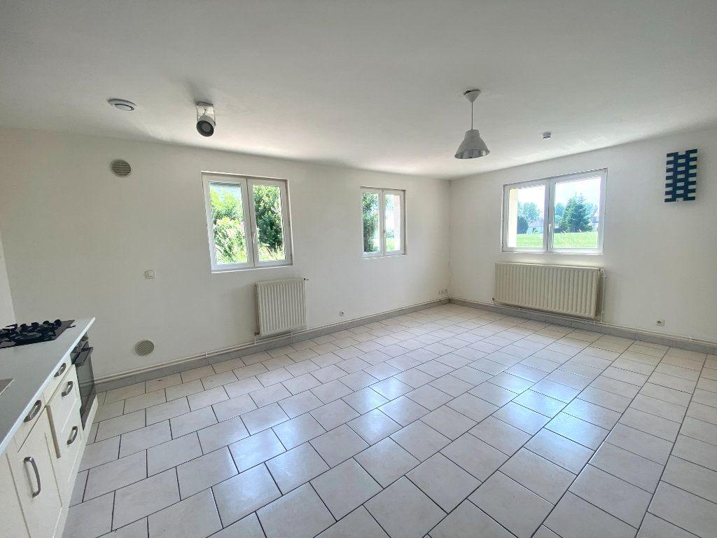 Appartement à louer 3 60m2 à Wambrechies vignette-2