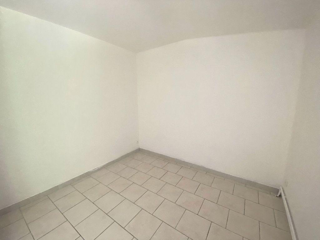 Appartement à louer 3 60m2 à Wambrechies vignette-5