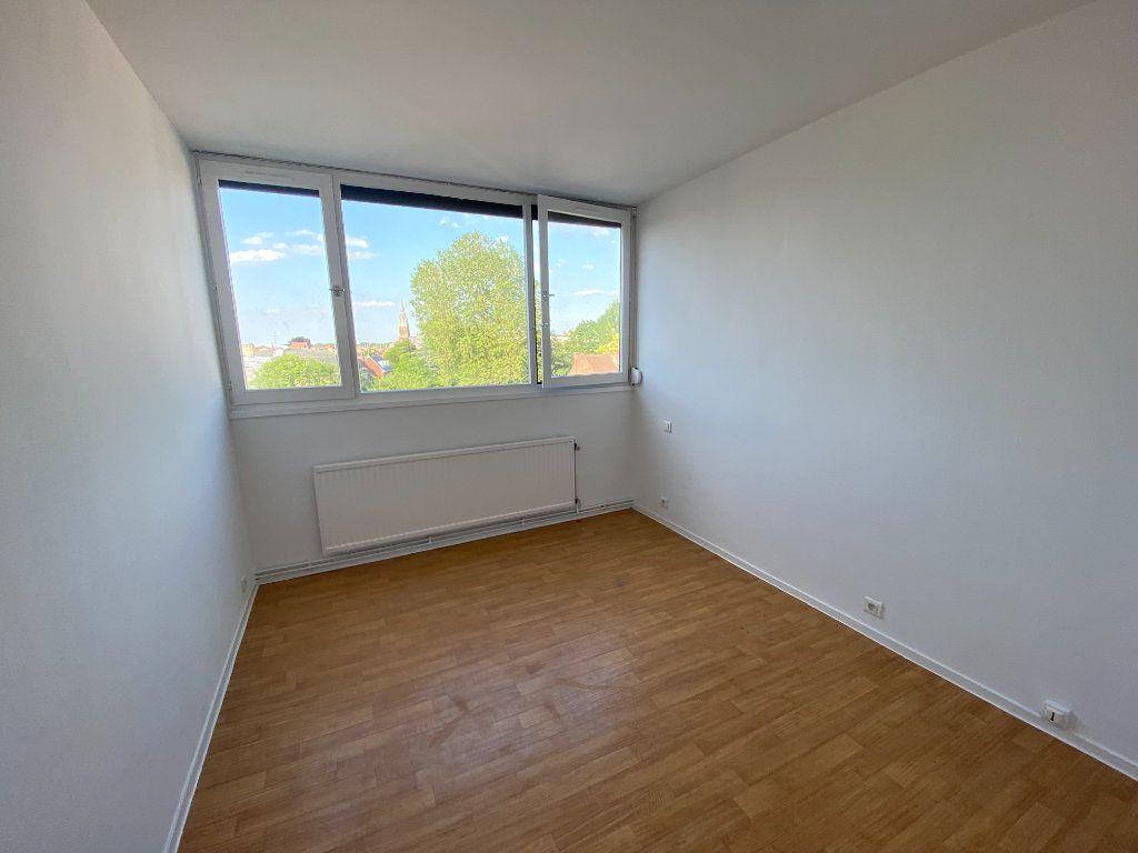 Appartement à louer 3 65m2 à Armentières vignette-6