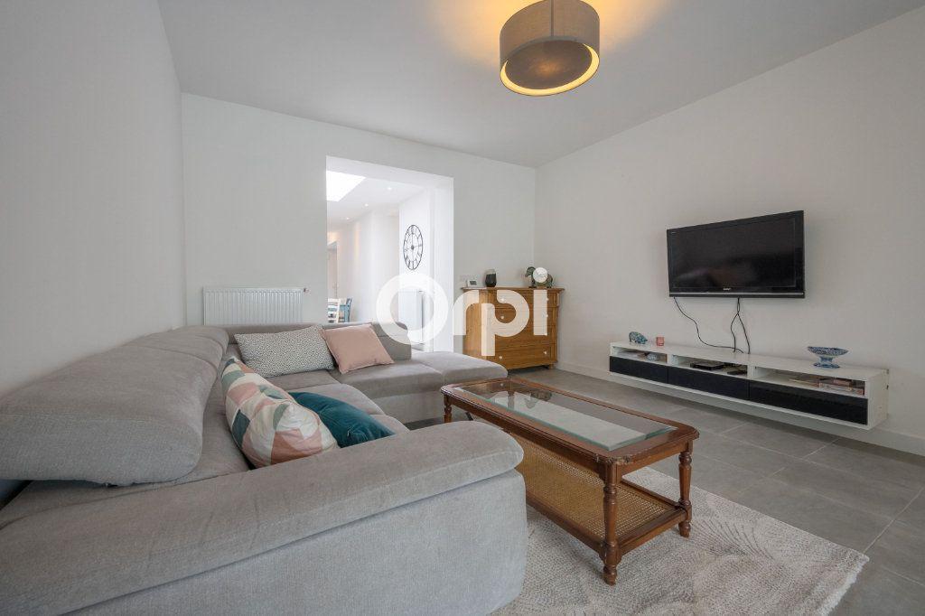 Maison à vendre 5 120m2 à Armentières vignette-1