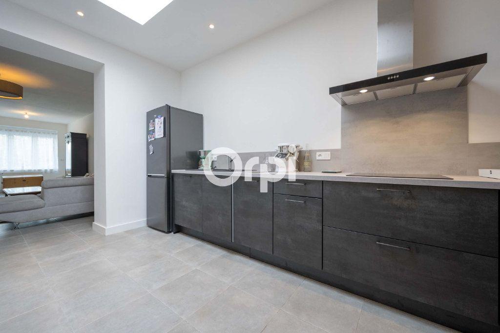Maison à vendre 5 120m2 à Armentières vignette-4