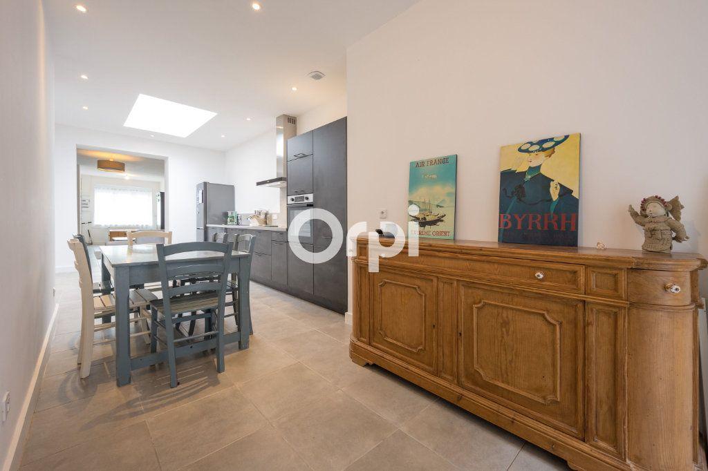 Maison à vendre 5 120m2 à Armentières vignette-6