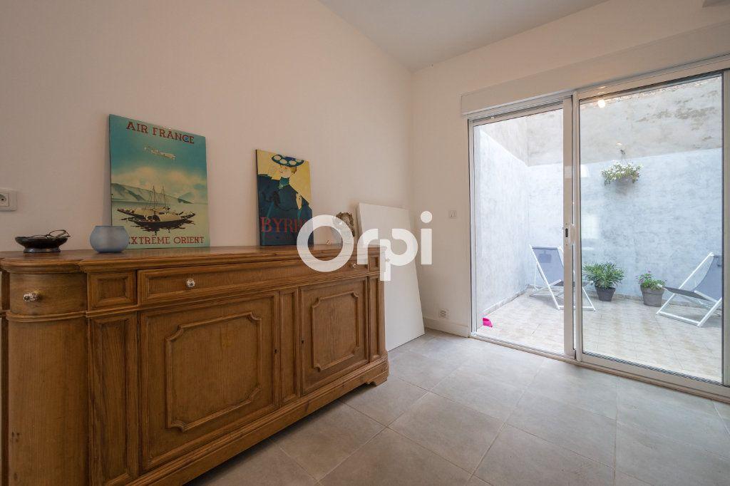 Maison à vendre 5 120m2 à Armentières vignette-7