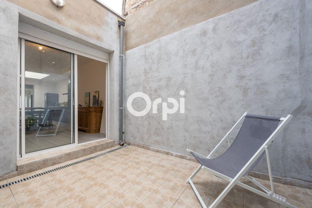 Maison à vendre 5 120m2 à Armentières vignette-9