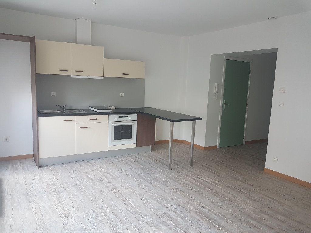 Appartement à louer 2 49m2 à Hazebrouck vignette-1