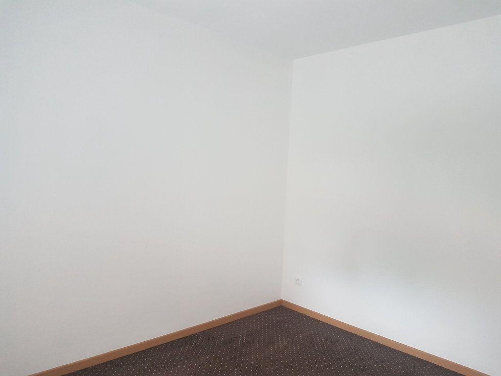 Appartement à louer 2 49m2 à Hazebrouck vignette-5
