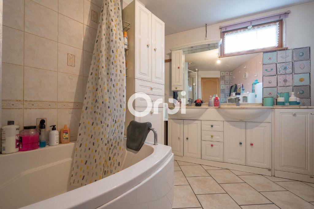 Maison à vendre 3 123m2 à Roubaix vignette-9