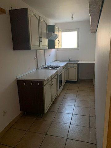 Appartement à louer 3 49m2 à Staple vignette-1