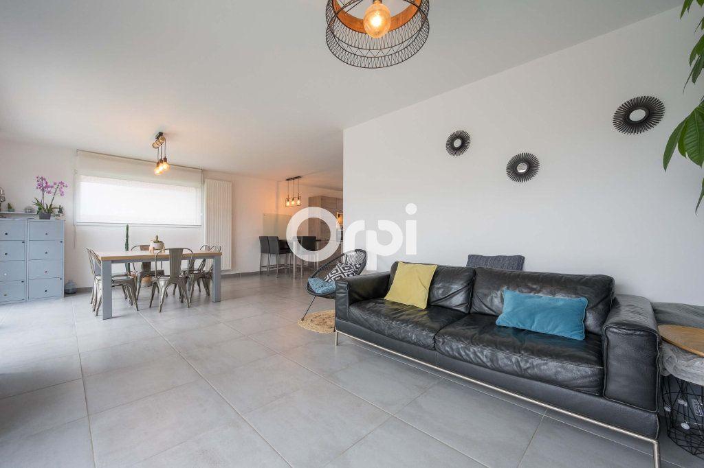 Maison à vendre 7 120.39m2 à Hazebrouck vignette-3