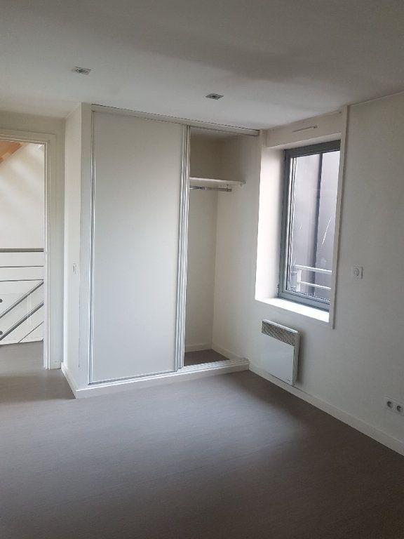 Appartement à louer 4 108m2 à Hazebrouck vignette-7