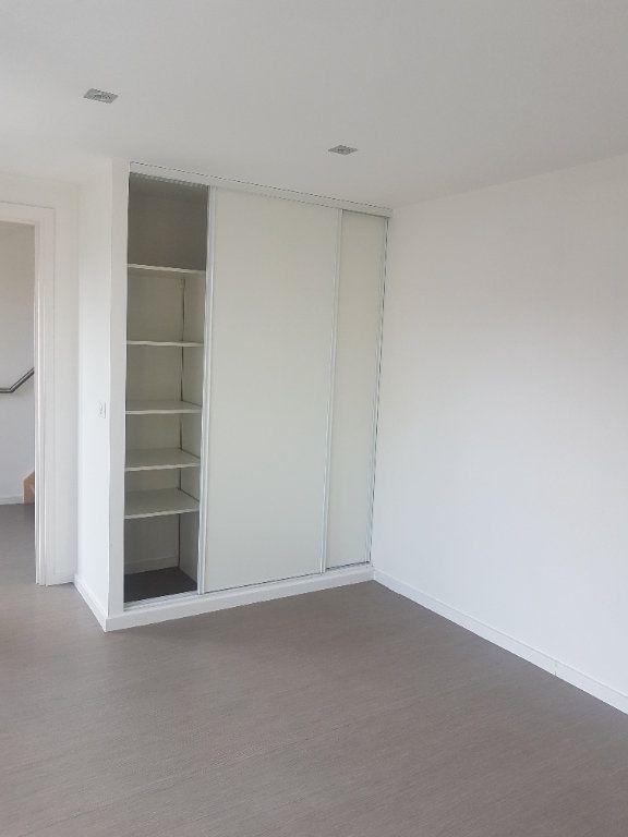 Appartement à louer 4 108m2 à Hazebrouck vignette-8