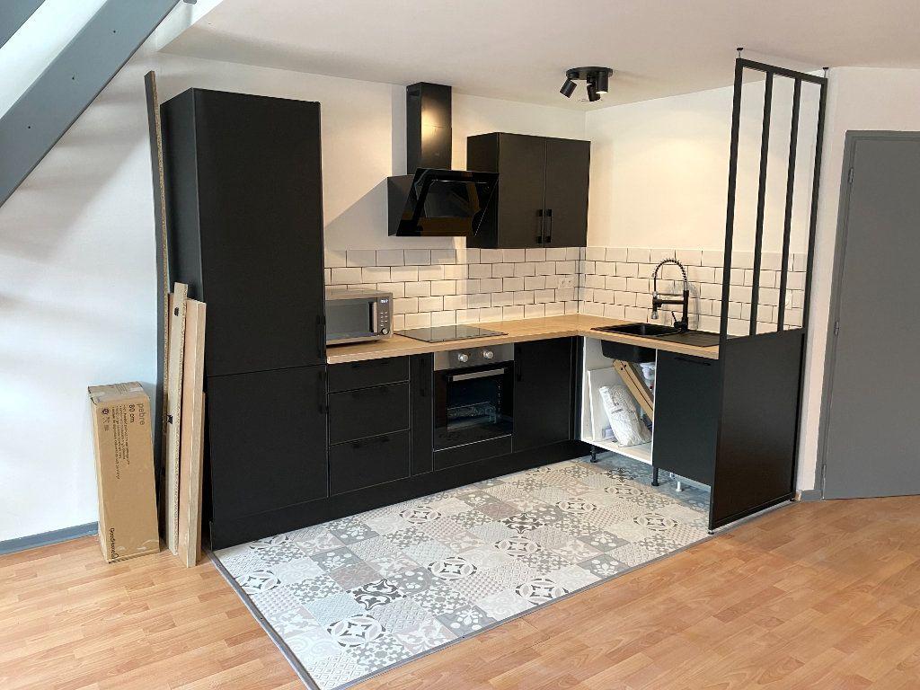 Appartement à louer 2 58m2 à Armentières vignette-4
