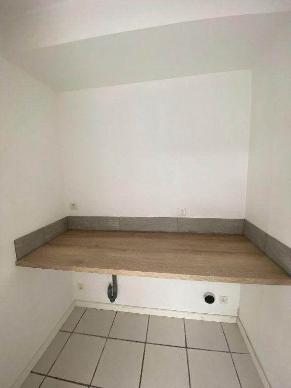 Appartement à louer 3 90m2 à Armentières vignette-6