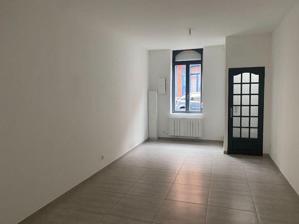 Maison à louer 4 90m2 à Roubaix vignette-2