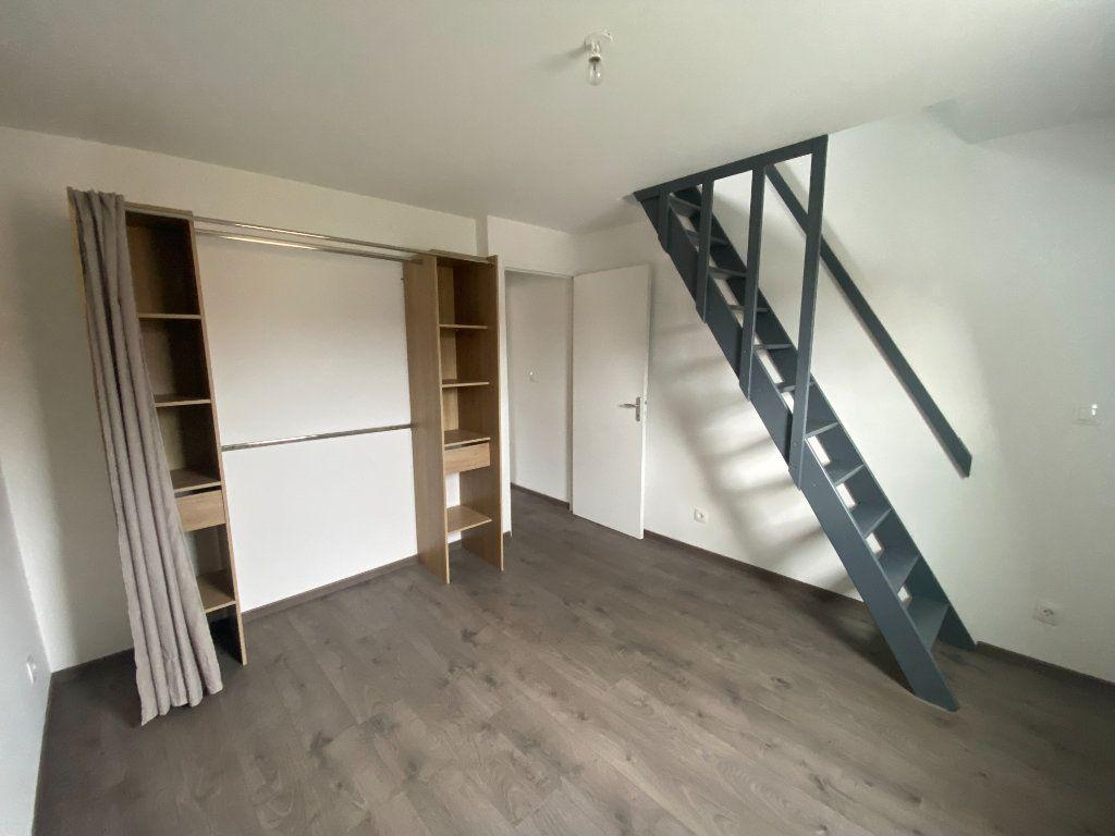 Maison à louer 4 90m2 à Roubaix vignette-5