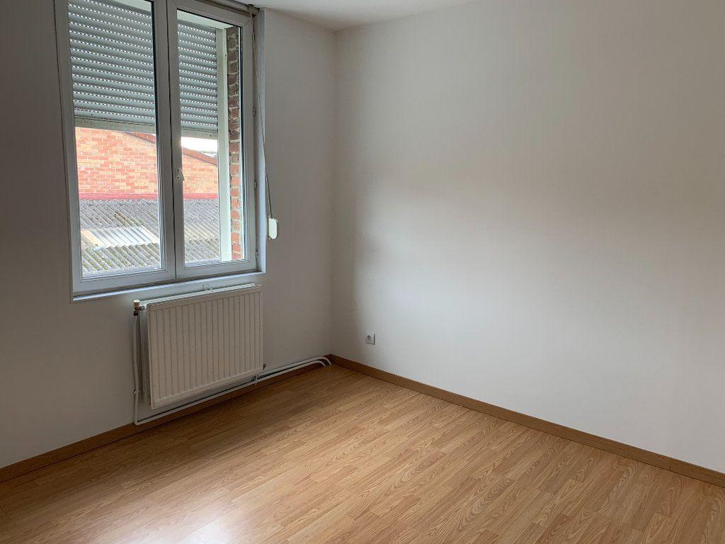 Maison à louer 4 96m2 à Armentières vignette-5