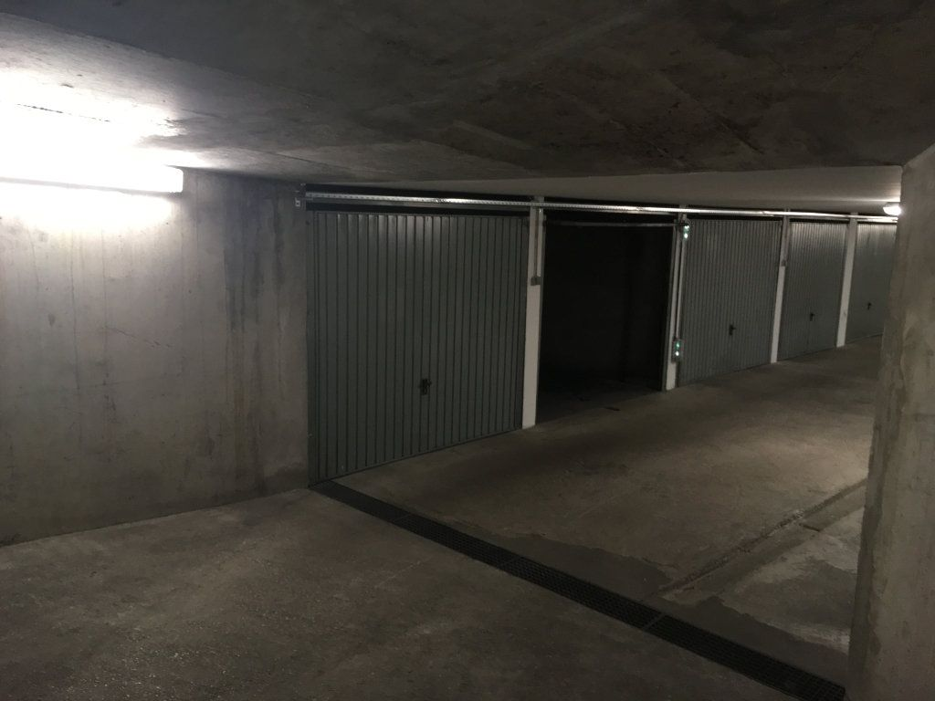 Stationnement à louer 0 0m2 à Lyon 3 vignette-5