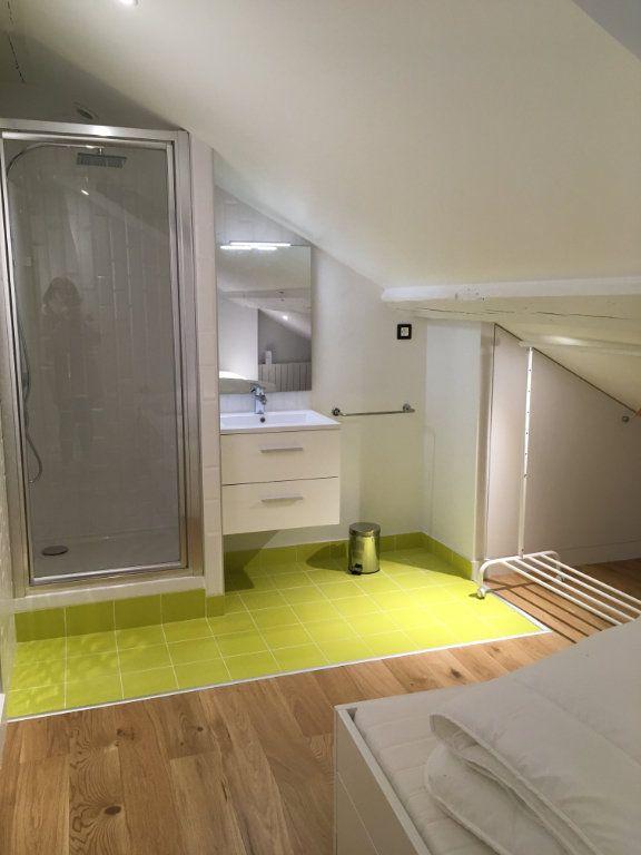Appartement à louer 3 45m2 à Lyon 3 vignette-8