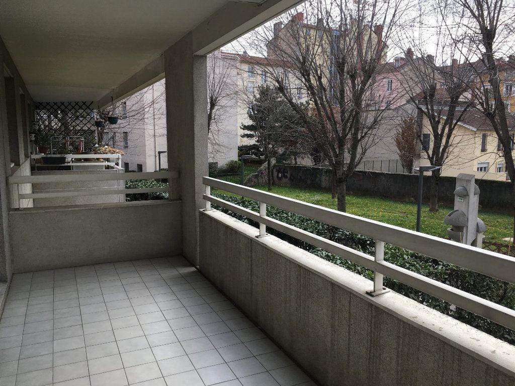Appartement à louer 2 44.64m2 à Lyon 3 vignette-5