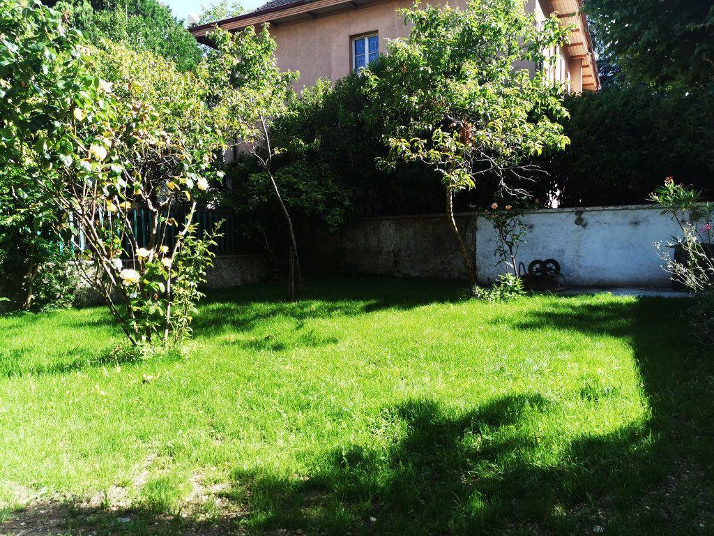 Appartement à louer 2 48.82m2 à Lyon 3 vignette-7
