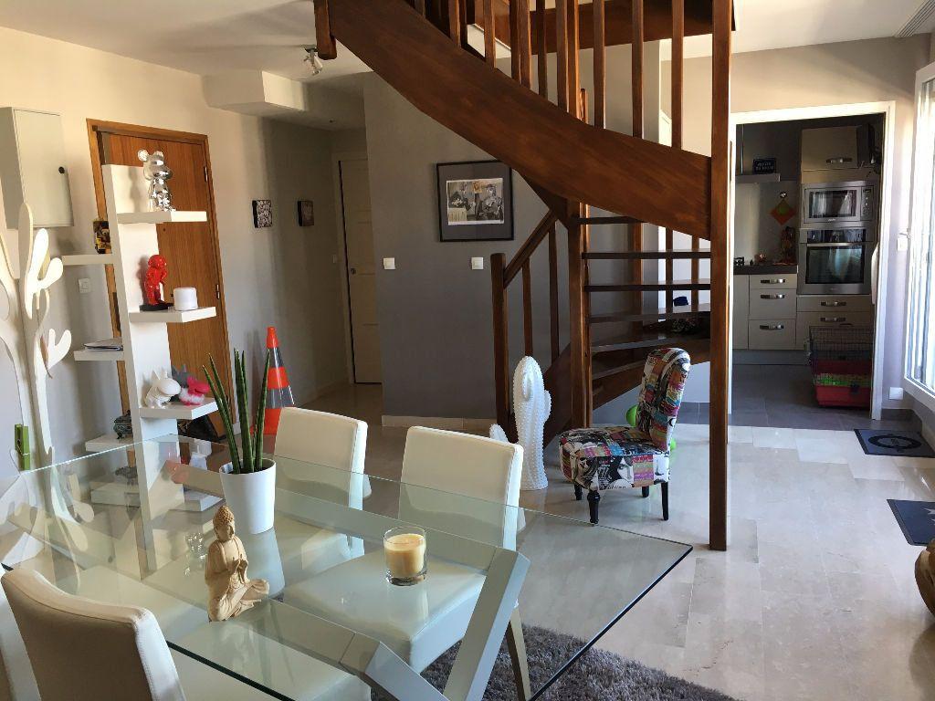 Appartement à vendre 3 76.06m2 à Lyon 3 vignette-3