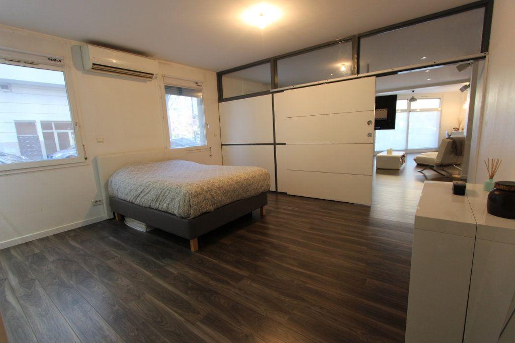 Appartement à vendre 3 93.76m2 à Villeurbanne vignette-5