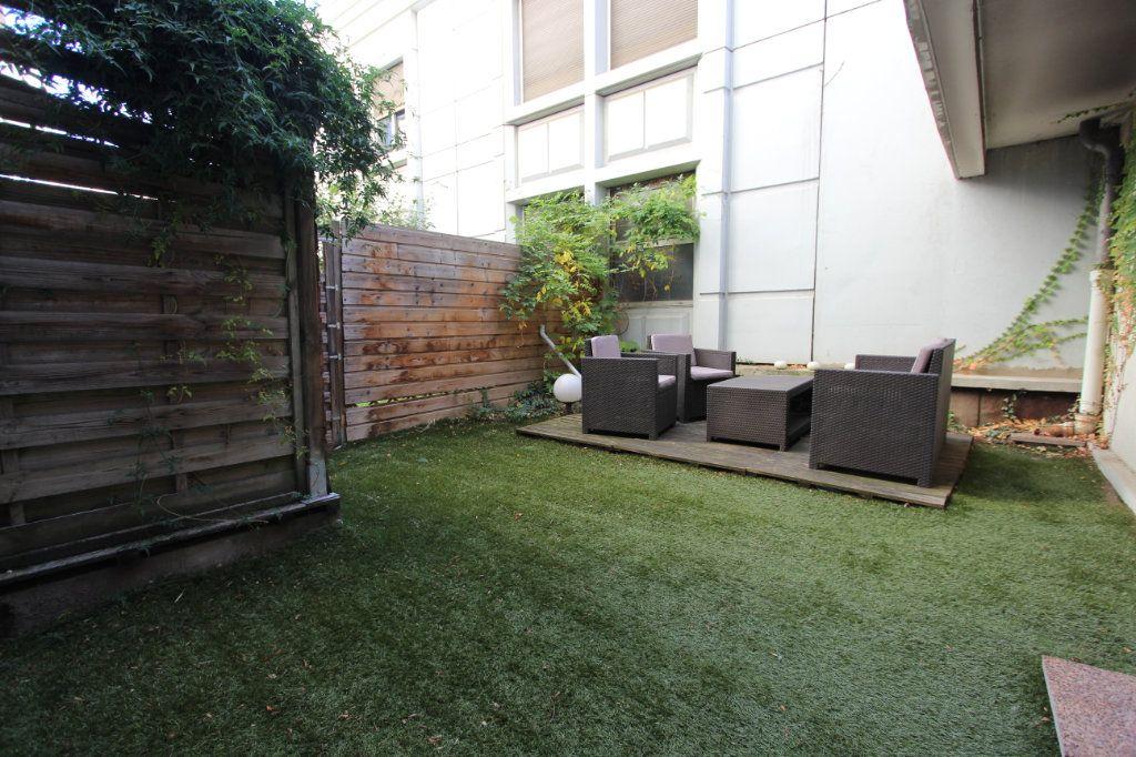 Appartement à vendre 3 93.76m2 à Villeurbanne vignette-8