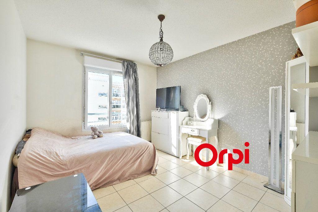 Appartement à vendre 4 87.69m2 à Lyon 3 vignette-7