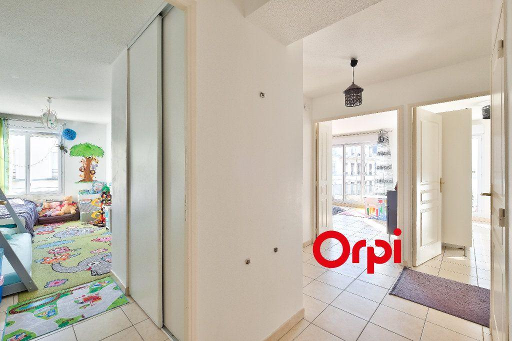 Appartement à vendre 4 87.69m2 à Lyon 3 vignette-10